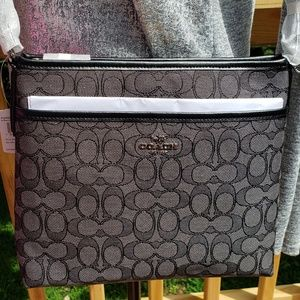 NWT AUTHENTIC COACH SIGNATURE FILE CROSSBODY